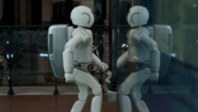 HONDA ASIMO - Peter Thwaites