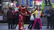 UNBREAKABLE KIMMY SCHMIDT Stills
